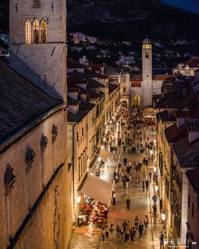 street-night-dubrovnik-croatia
