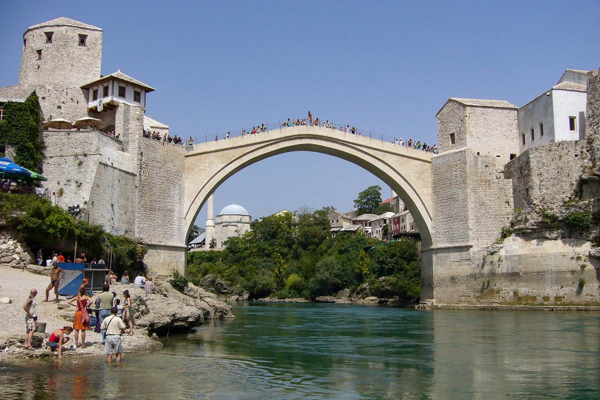 old-bridge-Mostar-Bosnia-and-Herzegovina